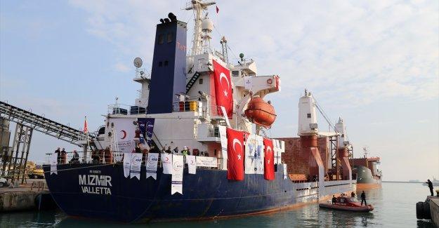 Mersin'den Yemen'e 7 milyon dolarlık yardım gemisi
