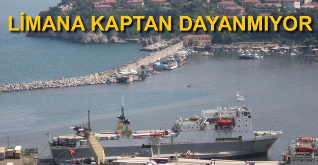 Zonguldak Limanı'na kılavuz kaptan dayanmıyor
