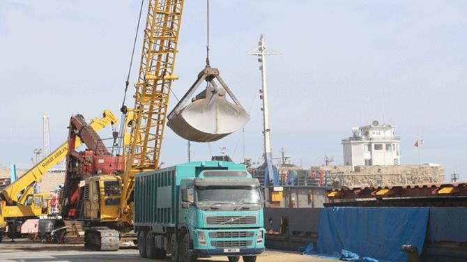 Kuzey Kıbrıs limanlarında trafik yoğun