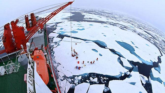 Rusya'dan Arktik'te petrol hamlesi