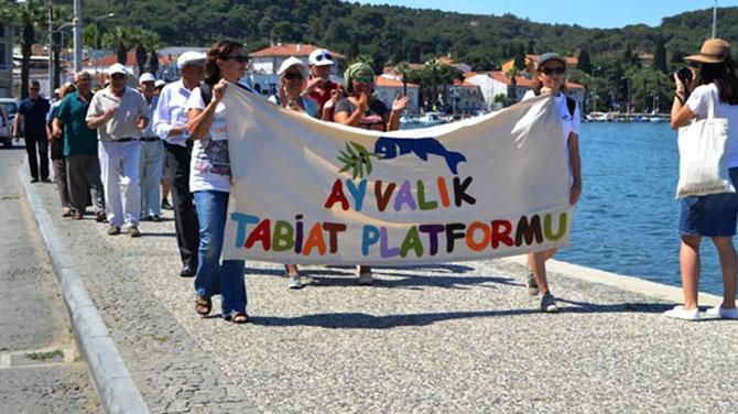 Ayvalık'ta çevrecilerden protesto