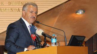 Bakan Arslan: Denizcilik sektörü ülkenin gurur duyduğu bir sektördür
