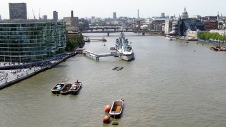 River pilot dies while boarding ship in Gravesend Reach