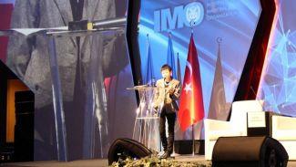 Japon profesör sunumunu Türkçe yaptı