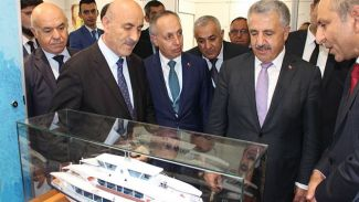 Bakan Arslan sektör temsilcilerini tek tek ziyaret etti