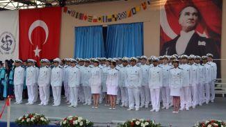 DEÜ Denizcilik Fakültesi 21. Kış Kariyer Günleri başladı