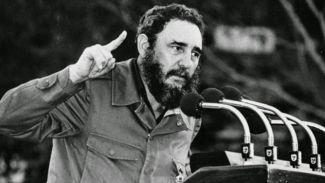 Efsane lider Fidel Castro hayatını kaybetti