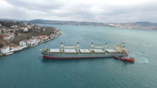 İstanbul Boğazı uluslararası deniz trafiğine kapatıldı