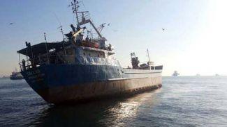 Zeytinburnu açıklarında gemi yan yattı