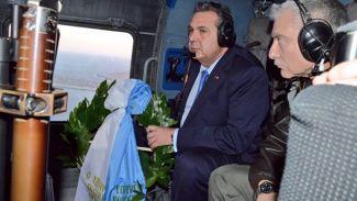 Yunanistan Savunma Bakanı'da Kardak'a çelenk bıraktı