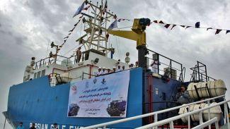 İran'ın ilk araştırma gemisi hizmete alındı