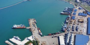 Samsun limanları harıl harıl çalışıyor