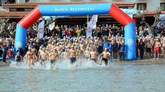 """""""Datça 11. Açık Deniz Kış Yüzme Maratonu"""" yapıldı"""