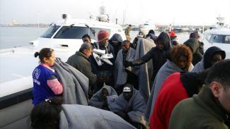 Midilli Adası'na geçmek istediler ama yakalandılar!