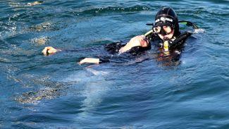 Üsküdar'da denize atlayan genç kurtarıldı