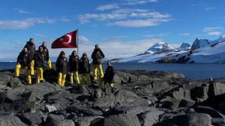 """""""Türk Antarktik Ekibi"""" çalışmalarını sürdürüyor"""