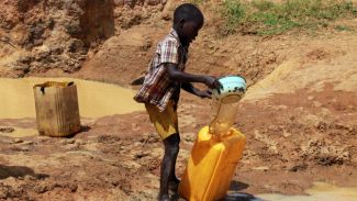 Dünyada her 10 kişiden biri temiz suya ulaşamıyor!