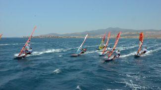 Rüzgâr Sörfü Slalom Türkiye Ligi'nin ikinci ayağı Dikili'de yapıldı