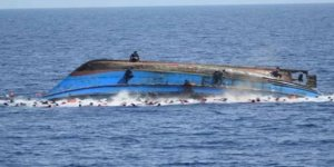 Karayipler'de 34 kişiyi taşıyan tekne battı
