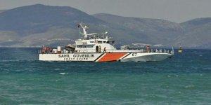 Sahil Güvenlik botu deniz altına iniyor