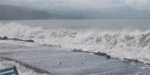 Karadeniz'in hırçın dalgalarına önlem