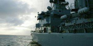 Saldırıya uğrayan İran gemisine ABD yardımı