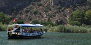 Dalyan'da gezi tekneleri elektrikliye çevrilecek
