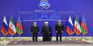 """İran'da """"Üçlü Devlet Başkanları Zirvesi"""""""