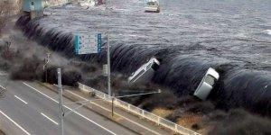 250 binden fazla insan tsunamilerde öldü