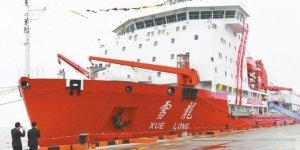 Buzkıran gemisi Xuelong Antartika'yı keşfe çıktı