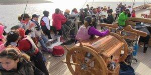 Bodrumlu ev kadınları günü bıraktı, yelkene başladı