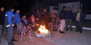 Muğla'da deprem paniği, halk geceyi sokakta geçirdi