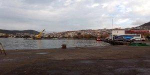 Limandaki hasarlı iskele onarıldı ve işlevsellik kazandı