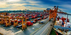 Dış ticaret açığı Ekim'de 7,3 milyar dolar oldu