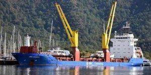 Lüks yatlar, Marmaris'ten kargo gemileriyle gönderiliyor