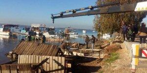 SİT alanına izinsiz kurulan iskeleler kaldırıldı