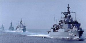 Savaş gemilerimiz dosta güven, düşmana korku salıyor