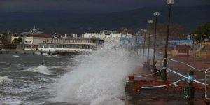 Dikkat! Kuzey Ege'de fırtına uyarısı