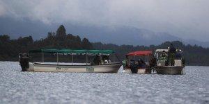 Su alan teknedekileri Sahil Güvenlik kurtardı