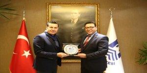 TYF Destek Ödülü Mehmet Kocadon'un