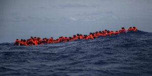 Göçmen botuna ateş açıldı! 30 ölü