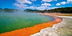 Dünyanın en ilginç 10 gölü