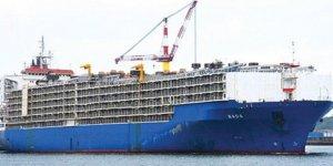 Canlı hayvan gemisi Nada Mersin'e yanaştı