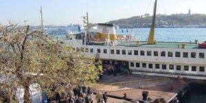 Karaköy iskelesinin bağlı olduğu baba koptu!