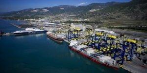 Karadeniz'den dünyaya açılan kapı Karasu Limanı