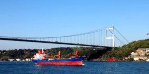 Boğazlardan iki yılda 193 bin gemi geçti