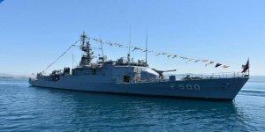 TCG Bozcaada Korveti Edremit Limanı'nı ziyaret etti