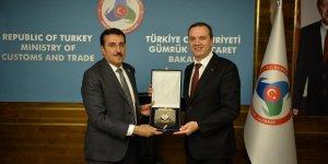 İMEAK Deniz Ticaret Odası Yönetimi Gümrük ve Ticaret Bakanı'nı ziyaret etti