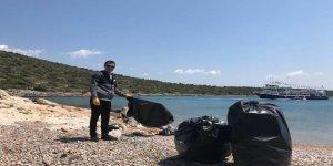 Çeşme'de sezon öncesi deniz temizliği