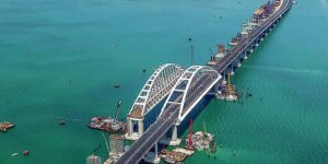 Putin, Kırım'daki Kerç Köprüsü'nü açtı